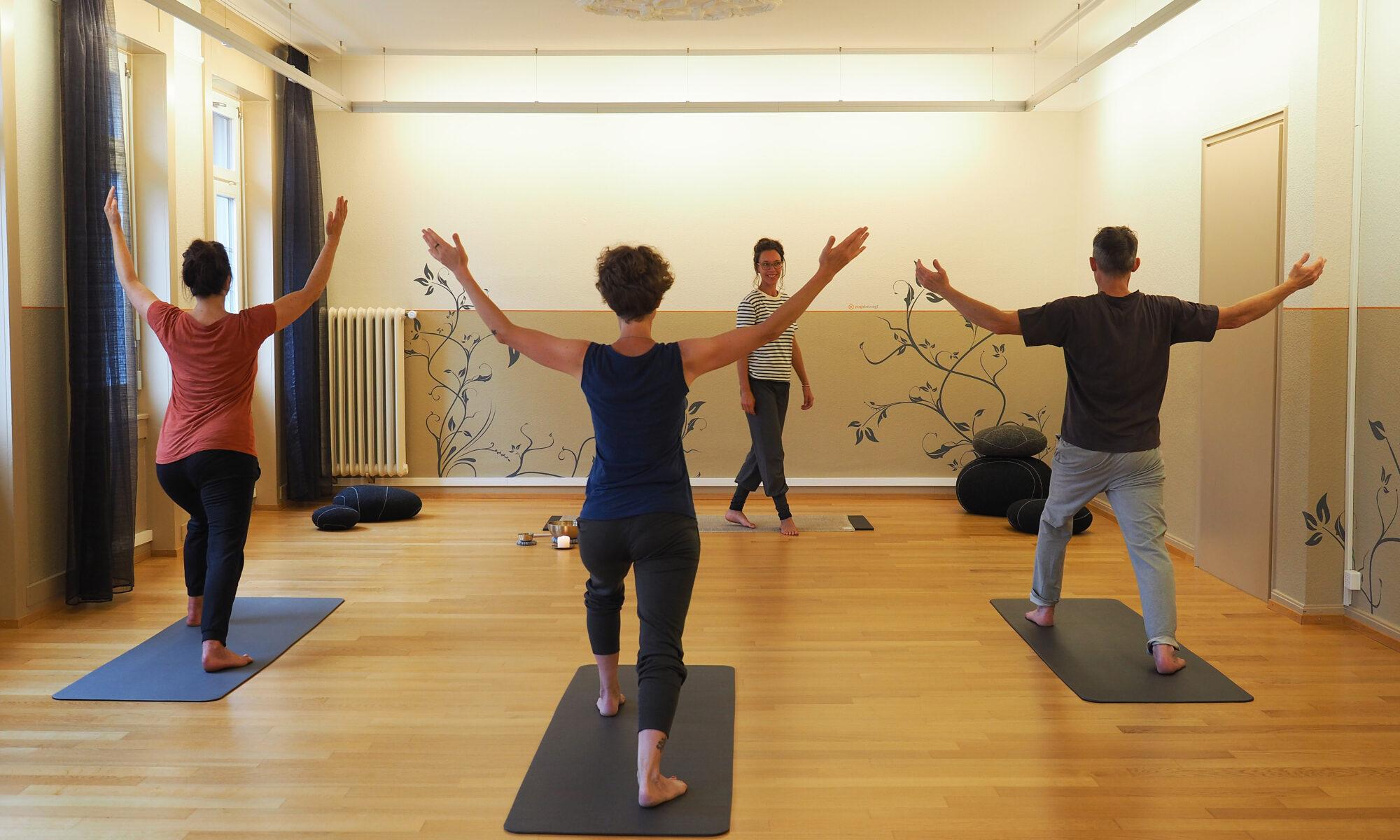 Yoga St.Gallen: Für Anfängerinnen und Fortgeschrittene. yogabewegt: sanft. achtsam. still.
